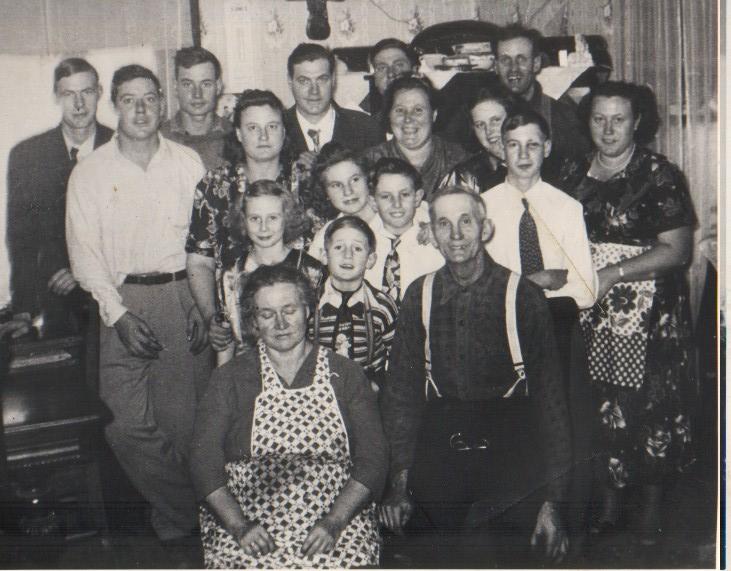 yacksfamilypic.jpg